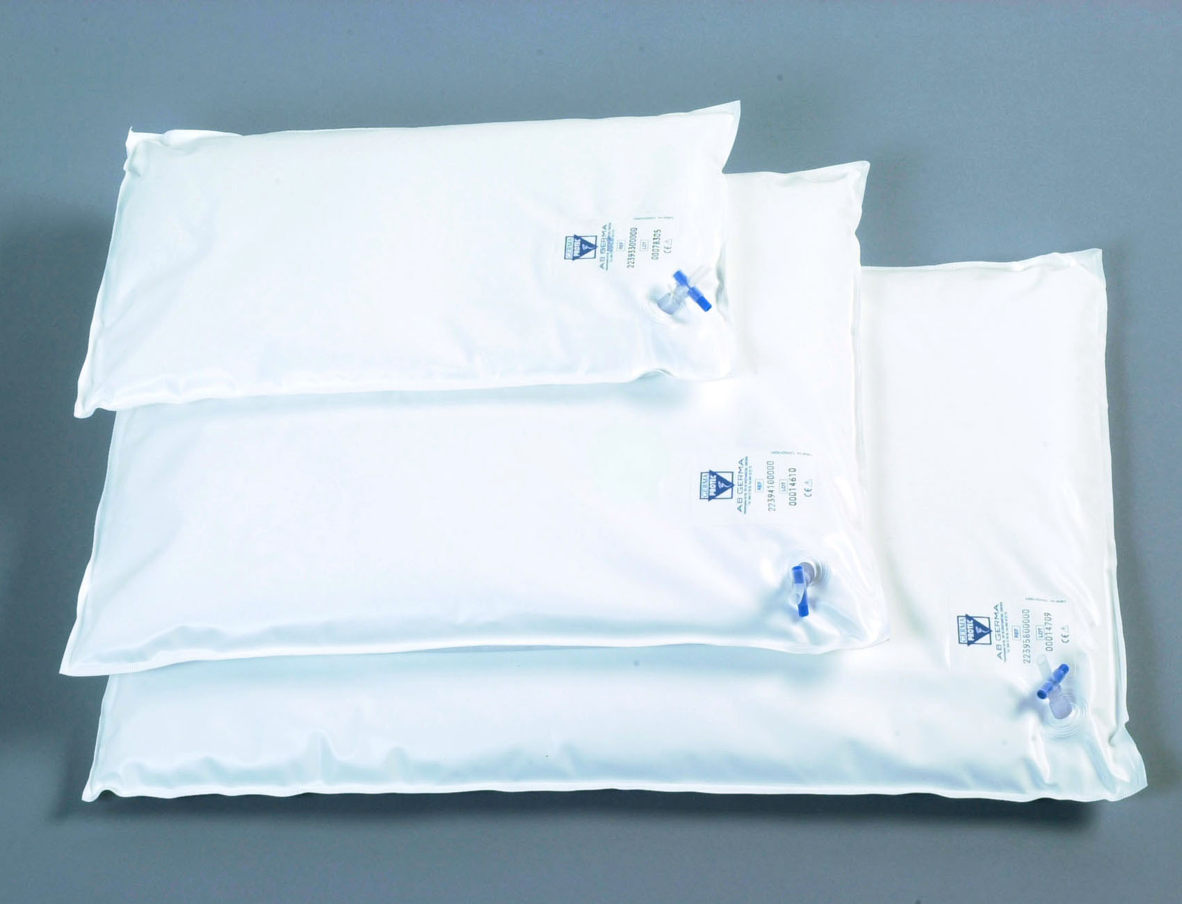 Vacuum pillows White